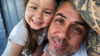Tochter-Tattoo: Mike Leon Grosch legt sich unter die Nadel!