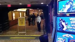 Naked man interrupts gamblers at Bossier City casino -Blurred video