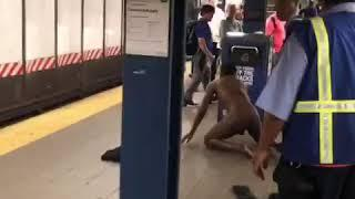 Butt naked man on Mta