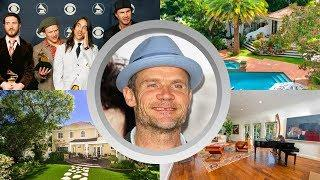 Flea Net Worth, Lifestyle, Family, Biography, Album, Kids, Red Hot Chili Peppers, Young and House
