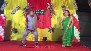 Uncle ki chadti jawani..uncle ne fir hilaya stage..