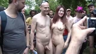 OMG Nude Girl Naked Bike Ride And Take Pictures || Must Watch || Awesome Video