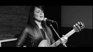 Karen Lee Andrews - Natural Women ( Aretha Franklin Cover)