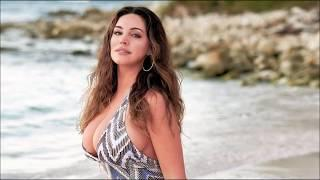 Kelly Brook, 2019 Calendar